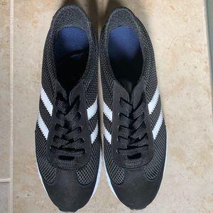 Men Tennis Shoes